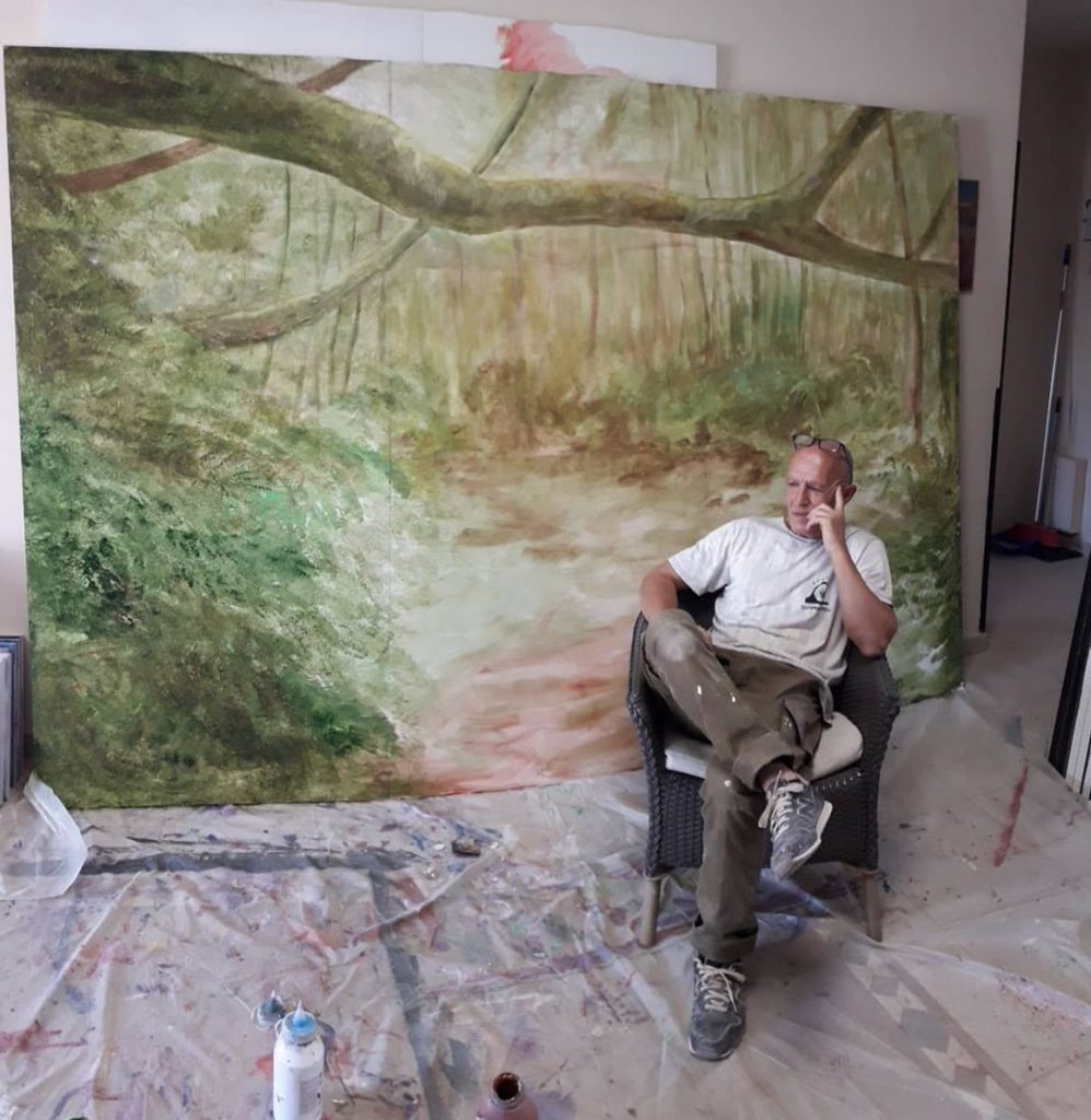 Victor, the painter of Hotel El Duque